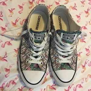 Day of the Dead sugar skull converse almost new